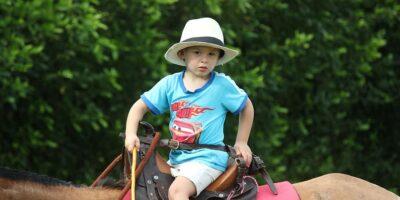 Jazda konna dla dzieci: dlaczego warto jeździć konno?